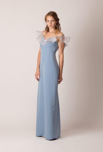 Rochie de seară lungă, dreaptă, cu volan pe umeri de culoare albastră fumurie