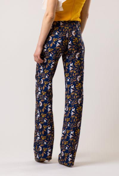 pantaloni damă eleganti cu imprimeu floral de culoare închisă